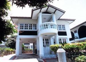 JOMTIEN GARDEN HOTEL & RESORT 3* Отель расположен в южной части Паттайи на пляже Jomtien, через дорогу от моря. В непосредственной близости от отеля кафе, магазины и такси