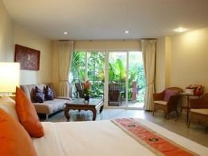 BELLA VILLA CABANA 3* Отель расположен в отдалении от центра Паттайи