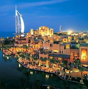 Эмирейтс приглашает малышей в Дубаи